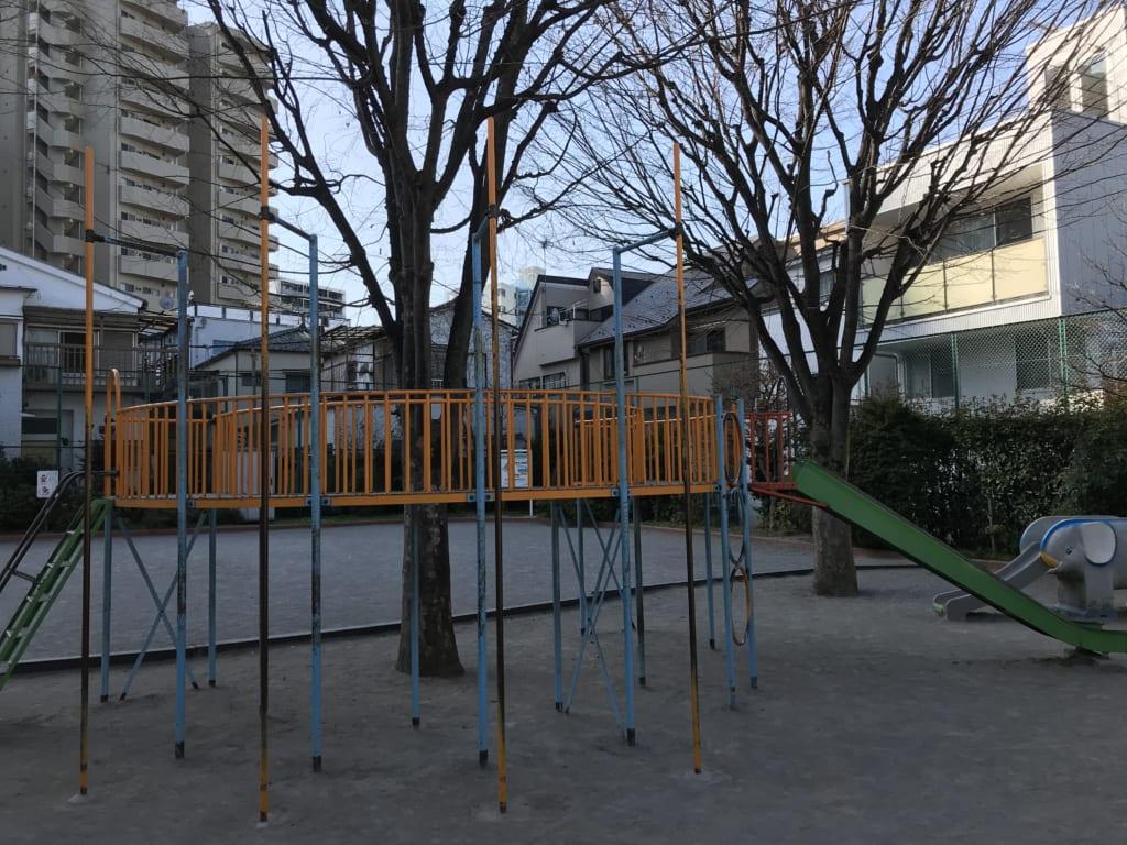 近所の公園
